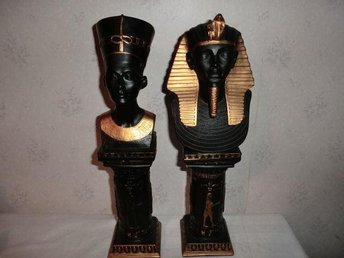 2 ST EGYPTISKA SKULPTUREN