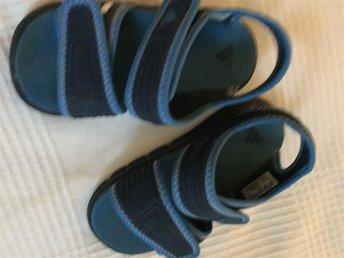 Sandaler Badskor Adidas strl 25 - Vaxholm - Sandaler Badskor Adidas strl 25 - Vaxholm