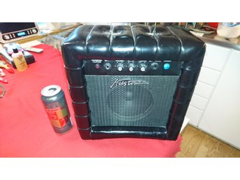 Vintage Kustom Guitar Amplifier Model TR12L 20 whatt i jätte bra skick