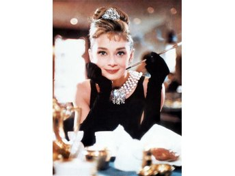 AUDREY HEPBURN BREAKFAST AT TIFFANY'S FOTO