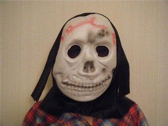 Halloween Mask med hätta - Sundsbruk - Halloween Mask med hätta - Sundsbruk