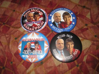 ONCE IN A LIFETIME:: 8 BADGES FRÅN SENATOR: JOHN MCCAIN & SARAH PALIN KAMPANJEN
