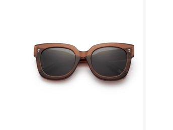 Solglasögon   Köp Solglasögon online på Tradera