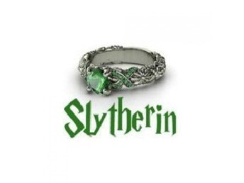 NYTT Harry Potter Skolring Slytherin Ring