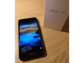 Huawei Honor 8 32 + 64 GB Svart