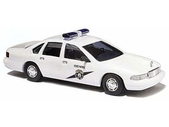 Busch 47692 - Chevrolet Caprice H0-skala - Ord.pris 123:- - Munka-ljungby - Busch 47692 - Chevrolet Caprice H0-skala - Ord.pris 123:- - Munka-ljungby