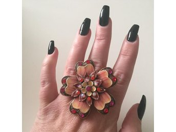 Stor statement ring