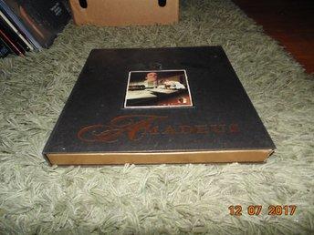 Amadeus - THX AC-3 Pioneer special edition, Limiterad CD, Bok, häfte - 2st Box - Forshaga - Amadeus - THX AC-3 Pioneer special edition, Limiterad CD, Bok, häfte - 2st Box - Forshaga