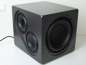 Audio Pro Ace Bass 2 (4 aktiva element och en passiv radiator)