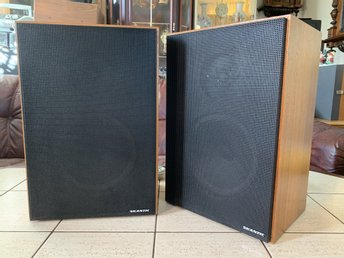 Vintage Skantic TYP 14030412 SER 1 speakers