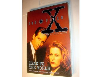 THE X FILES  DEAD TO THE WORLD  TITAN BOOKS  UK  NY