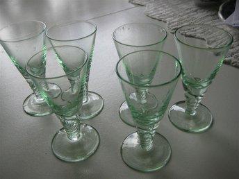 6 vackra spritglas i skimrande grönt - Forshaga - 6 vackra spritglas i skimrande grönt - Forshaga