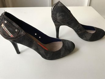 "Pumps, Replay i ""jeansmodell"", strl 40"