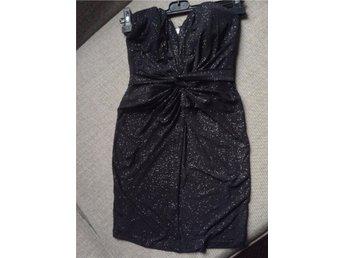 Lipsy mini klänning strl.34/36 (UK 8) - Ramsjö - Lipsy mini klänning strl.34/36 (UK 8) - Ramsjö