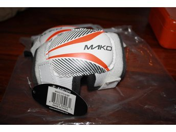 Armbågsskydd Mako Easton Youth  Medium