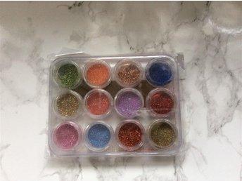 12 st olika färger glitter/flitter - Landskrona - 12 st olika färger glitter/flitter - Landskrona