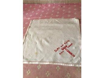 handduk liten för rakning med text retro (336370367) ᐈ Köp på Tradera 726484e674b57