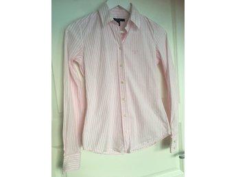 88c994f2f07 Gant ᐈ Köp Skjortor & blusar för dam online på Tradera • 291 annonser
