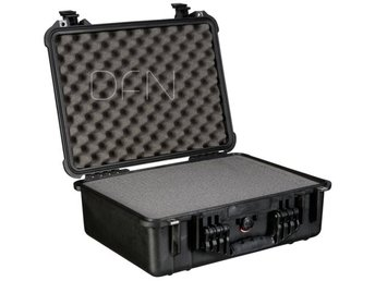 Peli Protector 1520 black with pre-cut foam