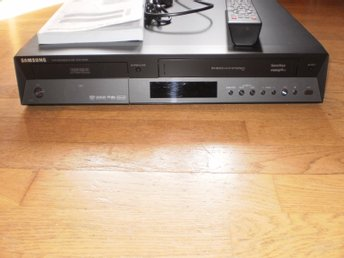 VHS/DVD SAMSUNG DVD-VR350,,ÖVERFÖR VHS-BAND TILL DVD OCH DVD TILL VHS - Helsingborg - VHS/DVD SAMSUNG DVD-VR350,,ÖVERFÖR VHS-BAND TILL DVD OCH DVD TILL VHS - Helsingborg