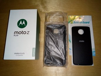 Motorola Moto Z Play 5.5 White/Gold, Original Charger, 2 Back Cover, Hardly Used