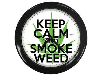 Keep Calm And Smoke Weed Väggklocka Svart - Kuala Lumpur - Keep Calm And Smoke Weed Väggklocka Svart - Kuala Lumpur