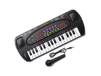 Keyboard med mikrofon - Hallsberg - Keyboard med mikrofon - Hallsberg