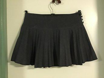 Veckad kort kjol | VILA