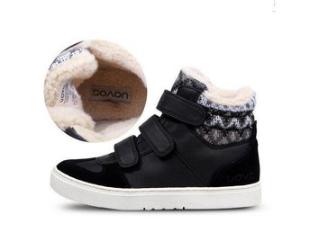 Barn skor strl 33 with fur for Girls and Boys black nya