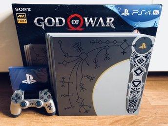 Javascript är inaktiverat. - Borås - PS4 Pro - God of war, Limited edition, leviathan Grey i nyskick. Allt på bilden ingår inklusive oöppnade förpackningar innehållande HDMI kabel, strömkabel & chatheadset. Obs: spelet God of war ingår inte, dock ett nedladdningsbart spel fr