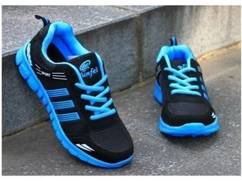 running skor strl 44 for man Black with blue