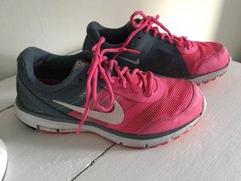 cheap for discount fcc7c e5622 Nike Lunar Forever 4