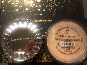 Bareminerals foundation medium beige 8gram NY!