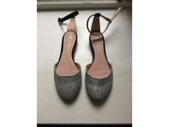 Cute silver sandals stl 38 - Göteborg - Cute silver sandals stl 38 - Göteborg
