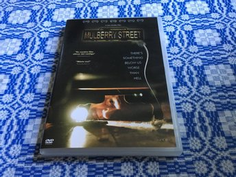 Mulberry Street (Nick Damici, Kim Blair)