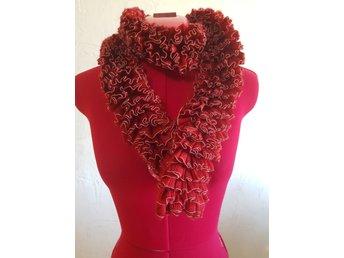 röd scarf dam