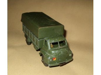 Dinky Toys 621 / 3 Ton Army Wagon / Made in England