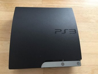 Playstation 3 Slim 160GB + Handkontroll + FIFA13