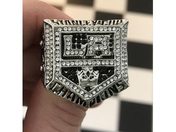 Los Angeles Kings LA Stanley Cup ring 2014 hockey NHL Gretzky Doughty Kopitar