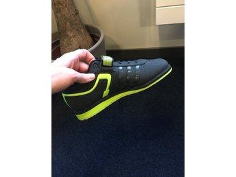 low priced 88214 b14c7 Tyngdlyftarskor Adidas 2.0