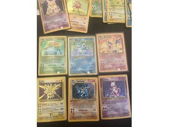 Pokémon Base Set - 102 kort - Komplett - NearMint