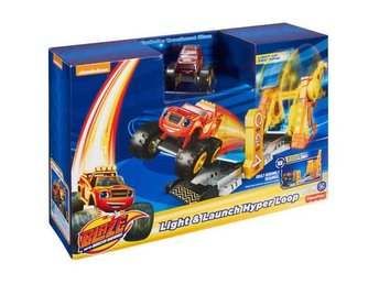 Blaze och Monstermaskinerna Light Launch Hyper Loop Playset