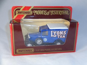 1930 Ford model A Van / Lyons Tea / Matchbox Lesney / Macau