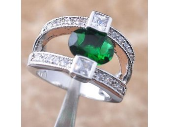 """Green Emerald &Topaz"" Gems Silver Jewelry Women Ring Size 18"