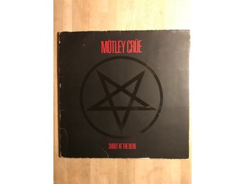"Mötley Crue ""Shout at the devil"""