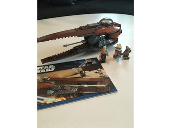 Lego Star Wars - 7959 - Geonosian Starfighter