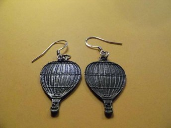 Luftballong örhängen / hot air balloon earrings