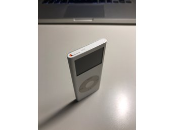 Apple iPod nano 2e gen 4GB Silver