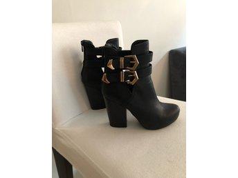 3ffbf4ce6e7 Snygga skor från Scorett (337487650) ᐈ Köp på Tradera
