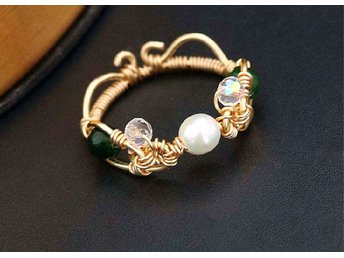 Exquisite Natural Pearl Green Crystal Ring In 14K Yellow Gold Plated MR0005